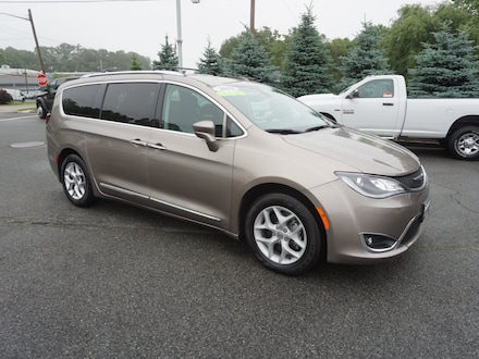 Used 2018 Chrysler Pacifica Touring L Van Sussex, NJ