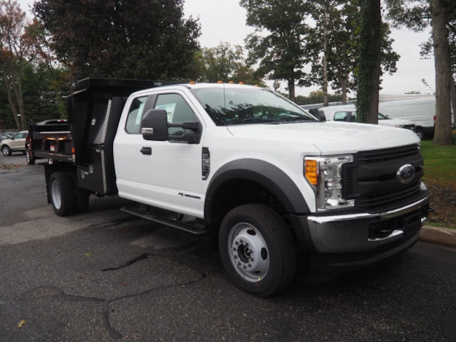 2017 Ford Chassis Cab F-550 XL W/ DUMP BODY Commercial-truck