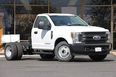 2019 Ford F-350 Chassis XL DRW Truck Regular Cab 1FDRF3GT4KEC43870