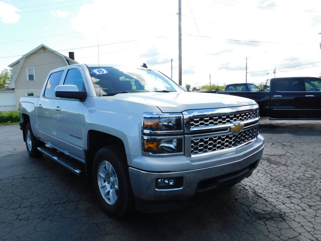 Featured Used 2015 Chevrolet Silverado 1500 LT Truck Crew Cab for Sale in Webster, NY