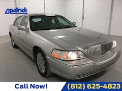2008 Lincoln Town Car Signature Limited Sedan