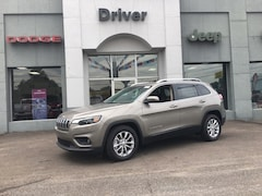 New 2019 Jeep Cherokee LATITUDE FWD Sport Utility for sale in Alexandria MN