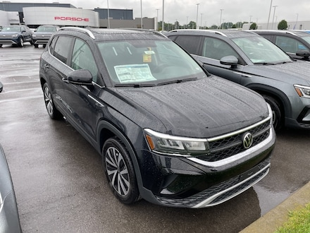 Featured new 2022 Volkswagen Taos 1.5T SE SUV for sale in Cicero, NY