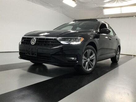 Featured new 2020 Volkswagen Jetta R-Line Sedan for sale in Cicero, NY