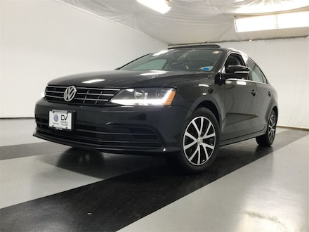 Featured used 2018 Volkswagen Jetta 1.4T SE Sedan for sale in Cicero, NY