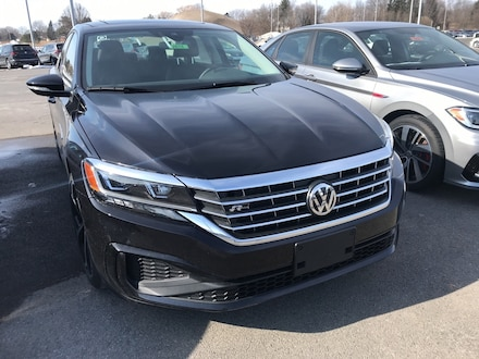 Featured new 2020 Volkswagen Passat 2.0T R-Line Sedan for sale in Cicero, NY