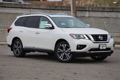 New 2018 Nissan Pathfinder Platinum SUV for sale in Dublin, CA
