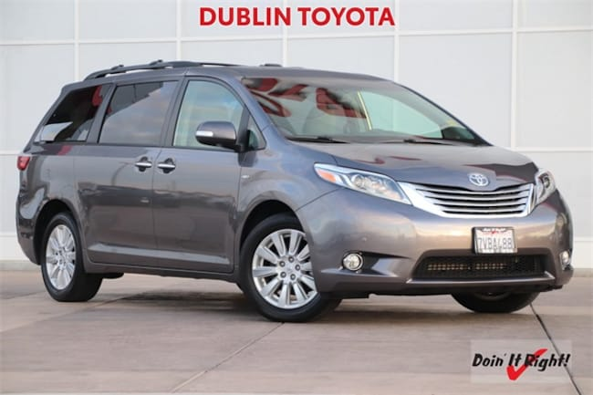 Certified Pre-Owned 2017 Toyota Sienna Limited Premium Minivan/Van T28284A for sale in Dublin, CA