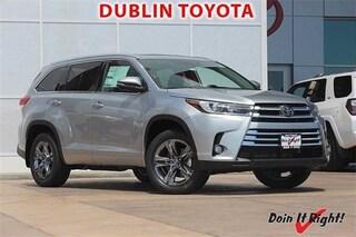 New 2018 Toyota Highlander Limited Platinum V6 SUV T26961 for sale in Dublin, CA