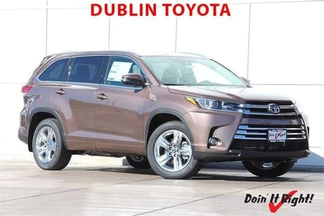 New 2018 Toyota Highlander Limited V6 SUV in Dublin, CA