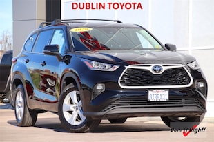 2020 Toyota Highlander LE SUV T34594A