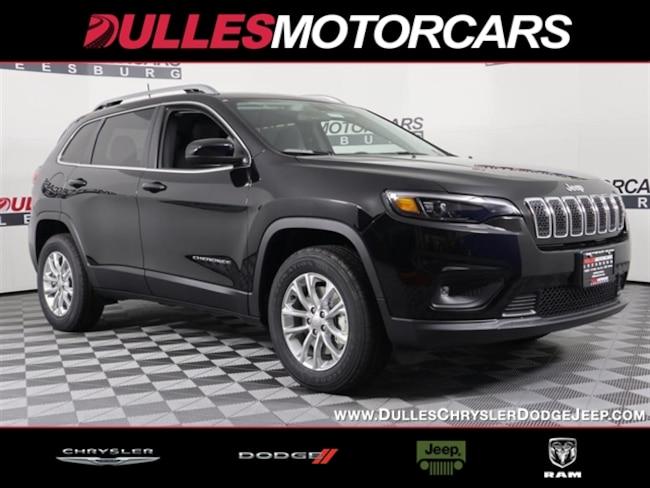 New 2019 Jeep Cherokee LATITUDE 4X4 Sport Utility Leesburg, VA
