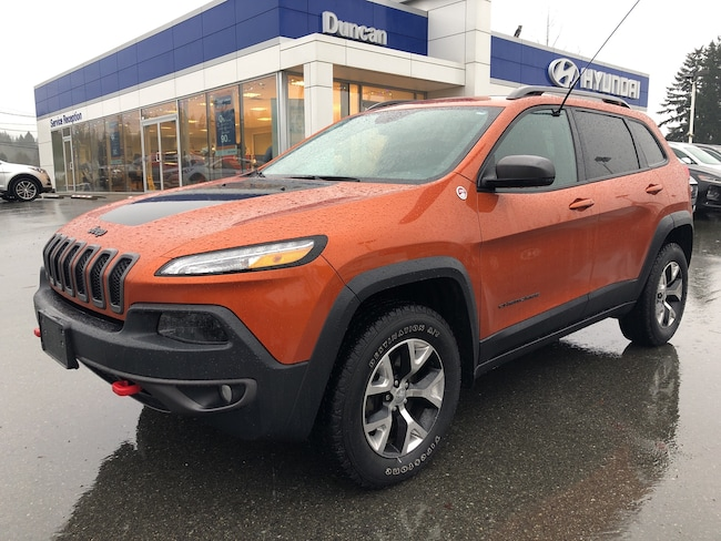 2016 Jeep Cherokee Trailhawk SUV DYNAMIC_PREF_LABEL_AUTO_USED_DETAILS_INVENTORY_DETAIL1_ALTATTRIBUTEAFTER