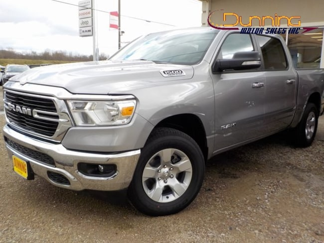New 2019 Ram 1500 BIG HORN / LONE STAR CREW CAB 4X4 5'7 BOX Crew Cab For Sale in Cambridge, OH