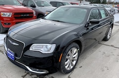 New 2019 Chrysler 300 TOURING L AWD Sedan For Sale In Plattsburgh, NY