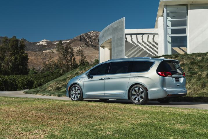 Chrysler Pacifica Lease >> 2019 Chrysler Pacifica Special Lease Deals Poughkeepsie Ny