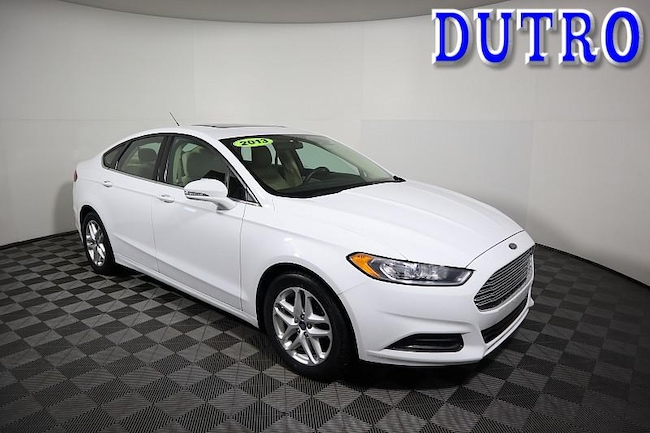 2013 Ford Fusion SE Mid-Size Car