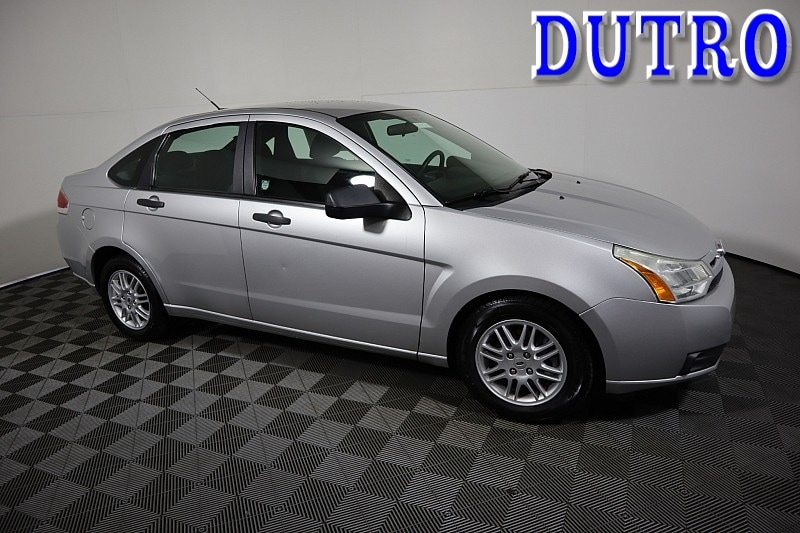 2011 Ford Focus SE Compact Car