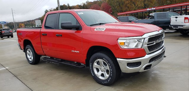 New 2019 Ram 1500 TRADESMAN QUAD CAB 4X4 6'4 BOX Quad Cab Clayton, GA