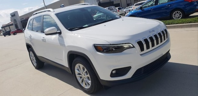 New 2019 Jeep Cherokee LATITUDE FWD Sport Utility For Sale/Lease Clayton, GA