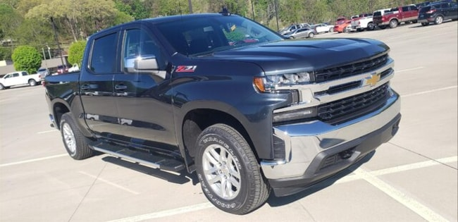 2019 Chevrolet Silverado 4WD LT Crew Pick UP