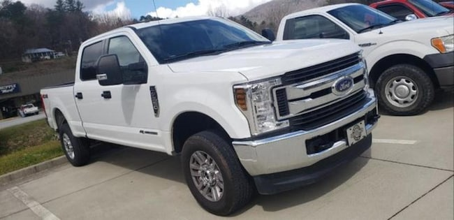 2018 Ford F-250 SEL Crew Cab Truck