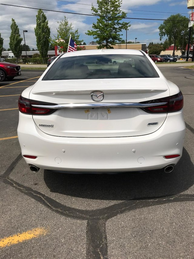... 2018 Mazda Mazda6 Signature Sedan ...