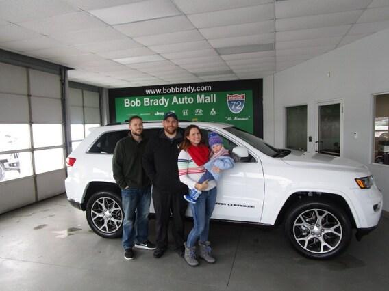 Car Dealerships Decatur Il >> Brady Bunch Bob Brady Your Car Dealer On 72 In Decatur Il