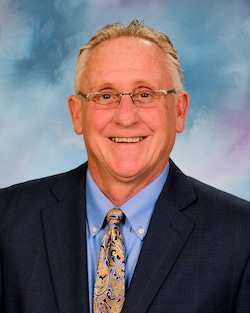 Bob Ridings Decatur Il >> Dealership Sales Staff Bob Ridings Decatur