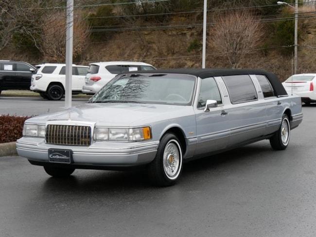 used 1993 lincoln town car for sale at vin. Black Bedroom Furniture Sets. Home Design Ideas