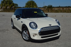 2015 MINI Cooper . Hatchback