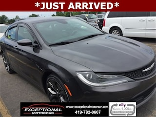 Used Vehicles for sale 2015 Chrysler 200 S Sedan in Defiance, OH