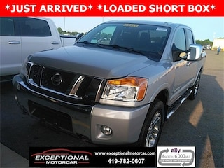 Used Vehicles for sale 2015 Nissan Titan SL Truck Crew Cab in Defiance, OH