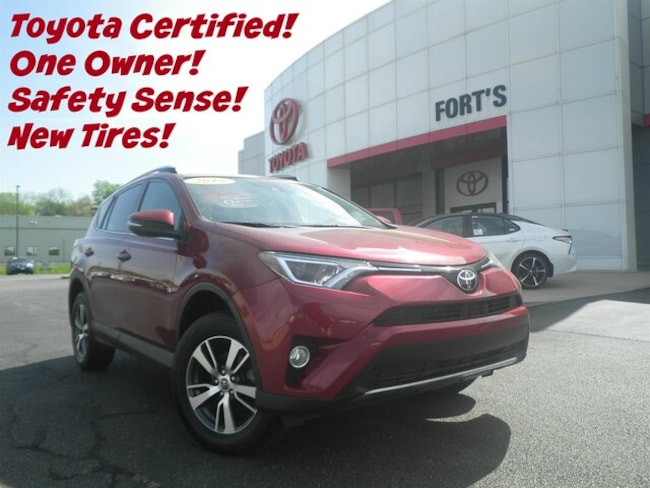 Used 2018 Toyota RAV4 XLE SUV For Sale in Pekin, IL