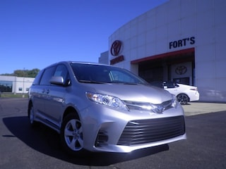 New 2019 Toyota Sienna For Sale in Pekin IL