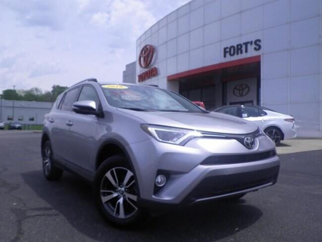 Used 2018 Toyota RAV4 XLE SUV For Sale in Pekin, IL