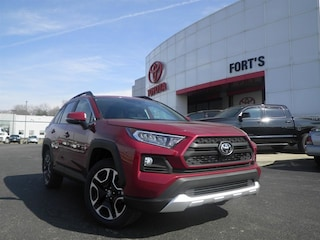 New 2019 Toyota RAV4 For Sale in Pekin IL