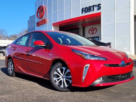 Featured new 2021 Toyota Prius LE Hatchback for sale in Pekin, IL