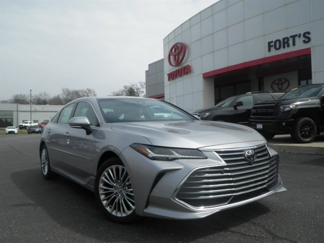 New 2019 Toyota Avalon Limited Sedan For Sale in Pekin, IL
