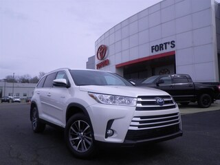 New 2019 Toyota Highlander Hybrid For Sale in Pekin IL