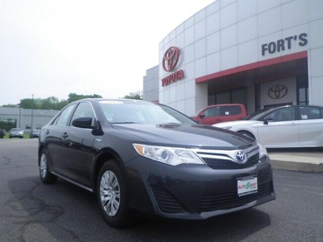 Used 2012 Toyota Camry Hybrid Sedan For Sale in Pekin, IL