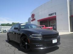 Used 2018 Dodge Charger For Sale in Pekin IL