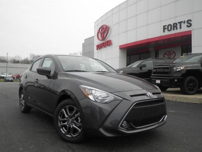 New 2019 Toyota Yaris Sedan LE Sedan For Sale in Pekin, IL