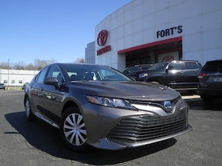 New 2019 Toyota Camry Hybrid For Sale in Pekin IL