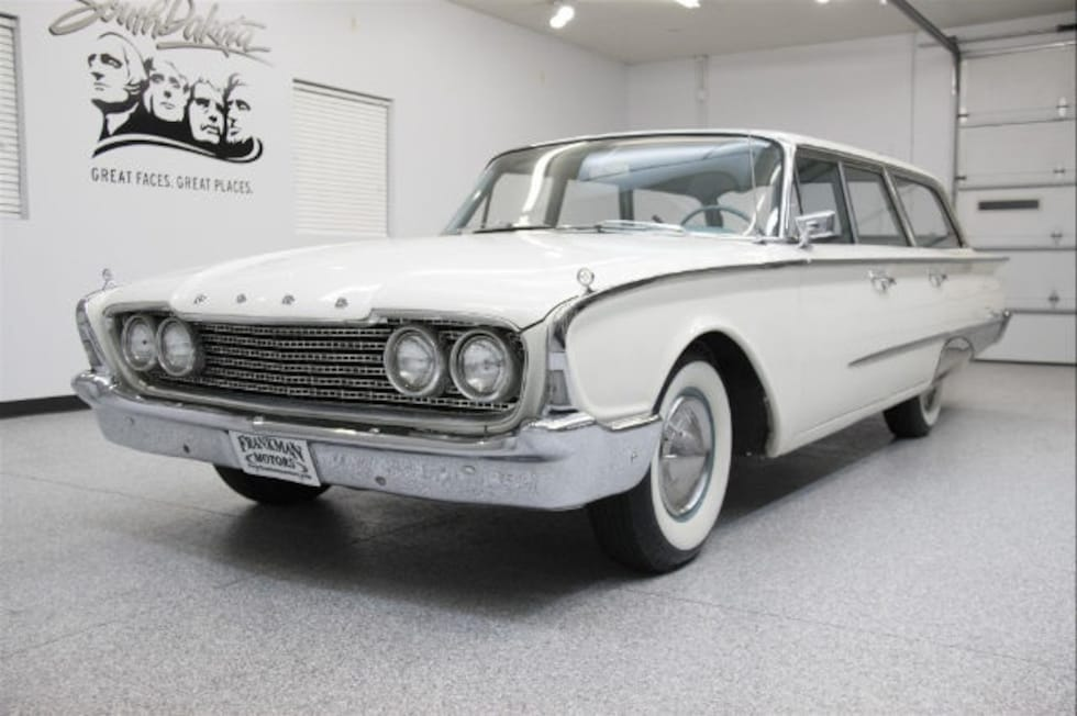 used 1960 ford country sedan for sale in sioux falls sd 0000000e64x210994. Black Bedroom Furniture Sets. Home Design Ideas