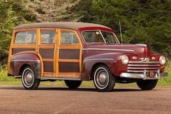 1946 Ford Super Deluxe Woody Wagon Classic Car For Sale in Sioux Falls, South Dakota