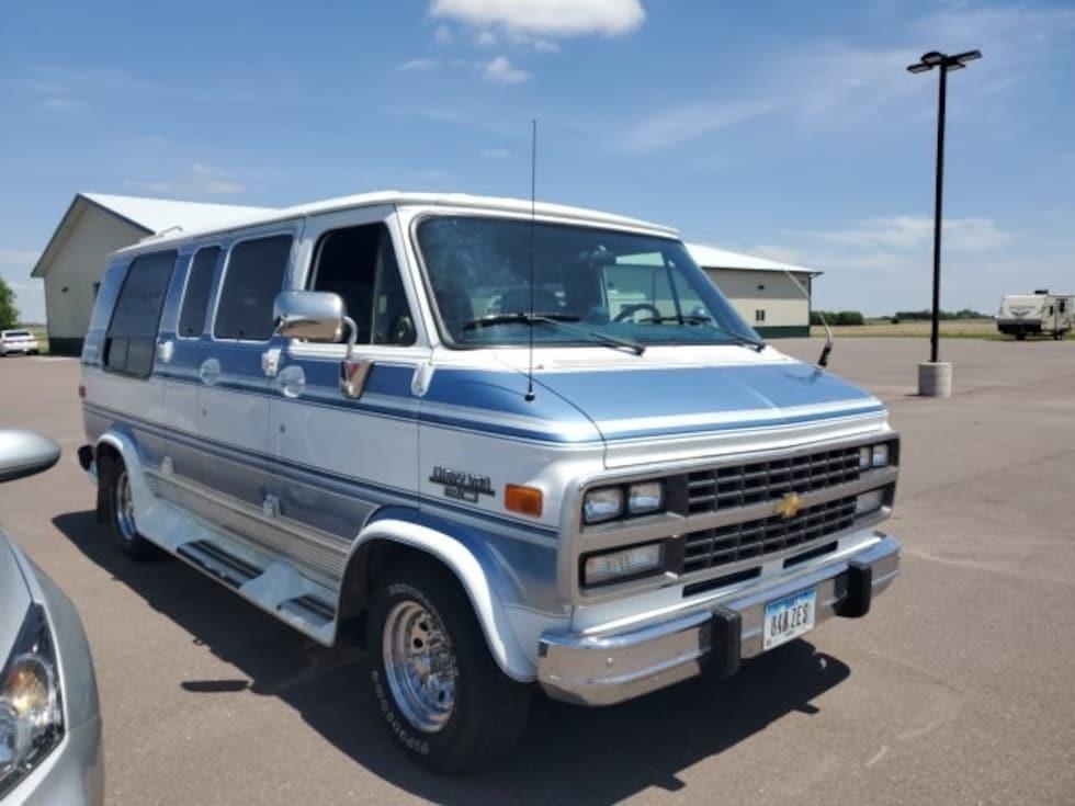 1993 Chevrolet Chevy Van Base Cargo Van Classic Car For Sale in Sioux Falls, South Dakota