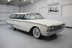 1960 Ford Country Sedan Wagon Classic Car For Sale in Sioux Falls, South Dakota