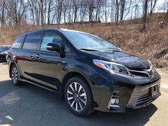2019 Toyota Sienna Limited Premium Van