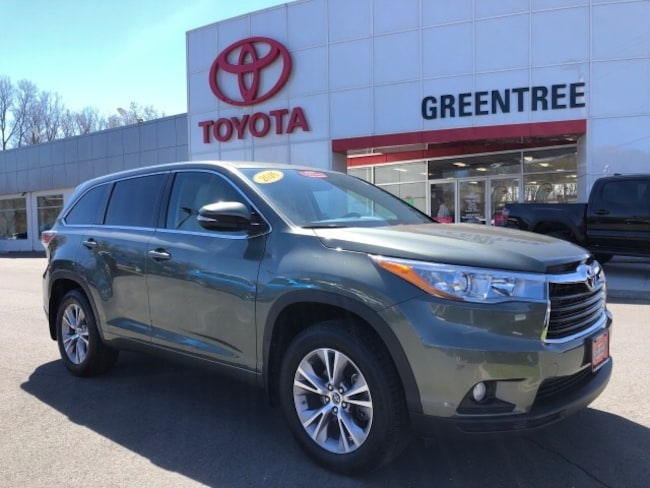 Used 2016 Toyota Highlander For Sale At Greentree Toyota